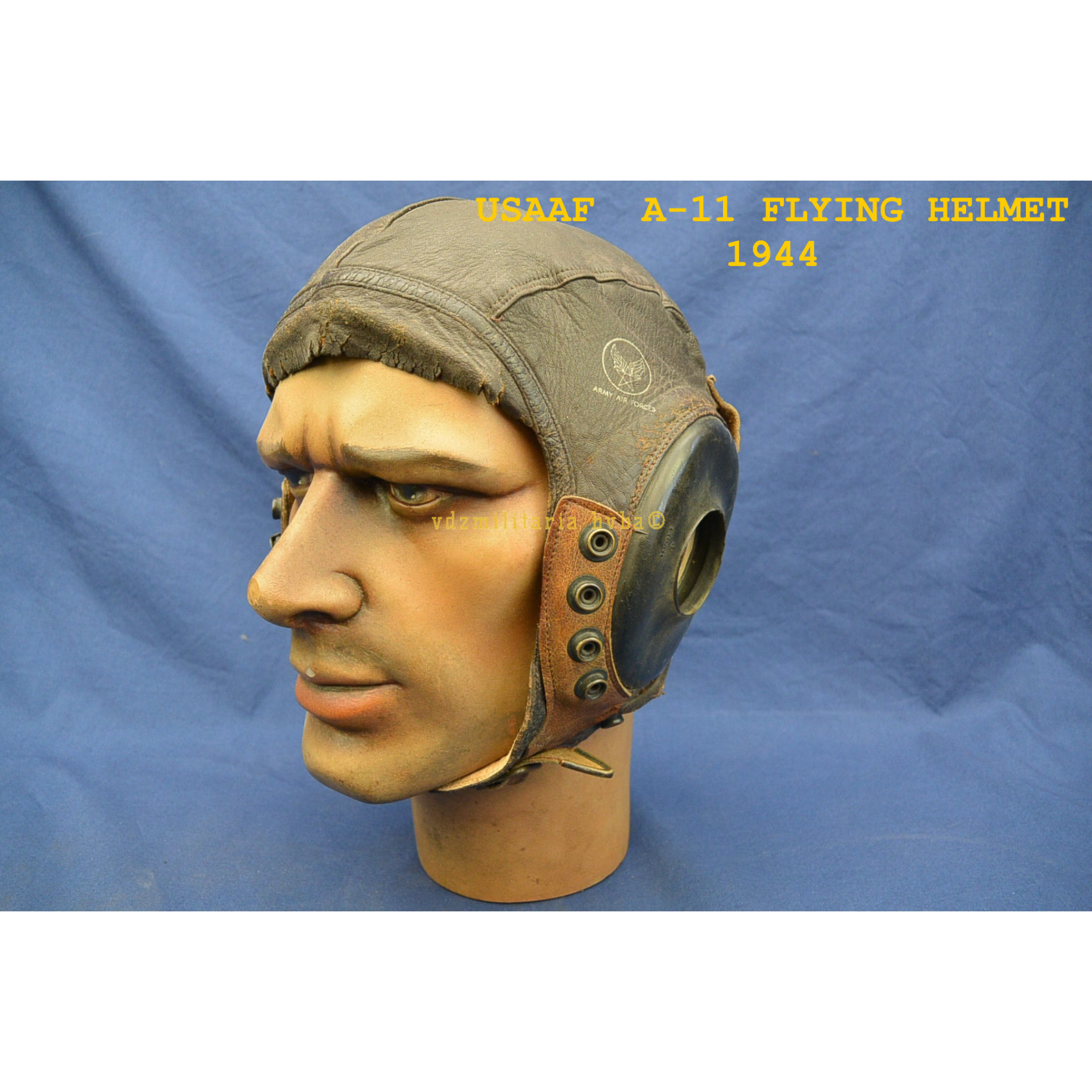 e62628df266 USAAF TYPE A-11 FLYING HELMET DATED -1944 - VDZ-Militaria b.v.b.a.